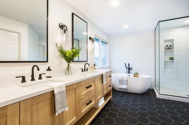 sammamish modern farmhouse master bath  country