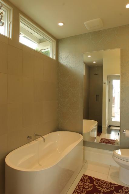 San francisco alamo square remodel moderno cuarto de - Houzz banos ...