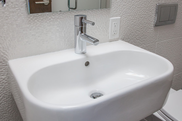 Beautiful Comment I Have 5 Bathroom Sinks That Need To Replace The Faucets  I Already Bought The New Sets Also The Bathtub Water Divertor Is Not Working Properly, Need To Be Changed I Bought The New Set Too I Would Like To Change The Kitchen