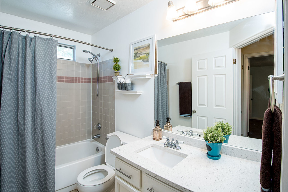 Sandy Home - Traditional - Bathroom - Salt Lake City - by ...