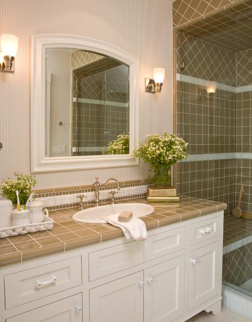 Santa Barbara Dutch Colonial Beach Style Bathroom