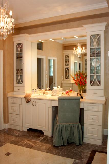 Sarasota Custom Master Vanity & Bathroom - Transitional ...