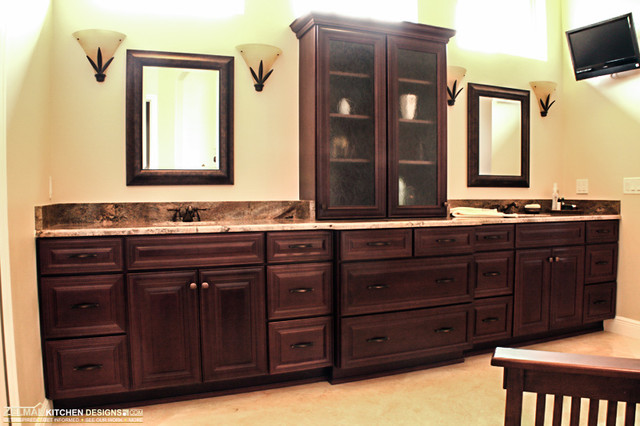 Savino (Zelmar) Home Remodel (Kitchen & Bath) traditional-bathroom