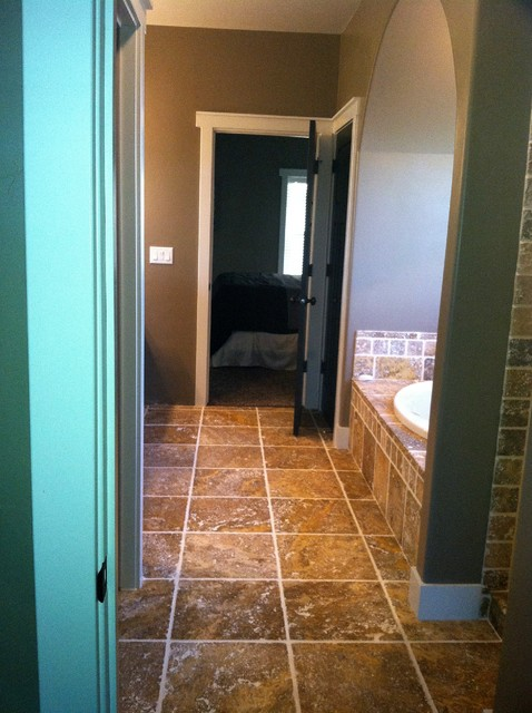 Scabos Tumbled Travertine Bathroom Remodel Project