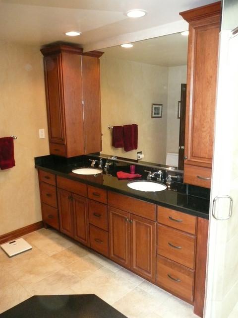 Schneider Torrance Master Bathroom Traditional