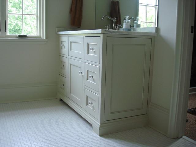 Sco Residence eclectic-bathroom