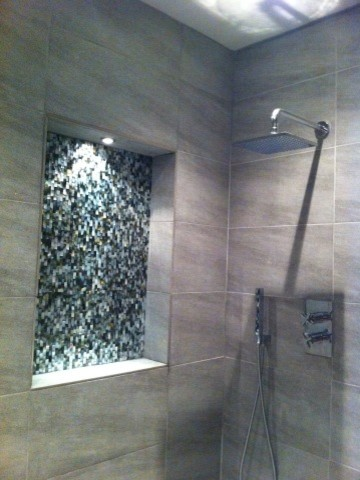 Seamless Black Lip Mother Of Pearl Bathroom