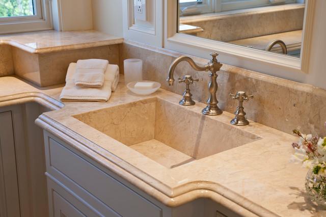 Seascape cottage traditional bathroom portland maine for Seascape bathroom ideas