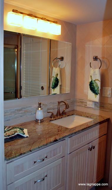 Seaside Studio traditional-bathroom