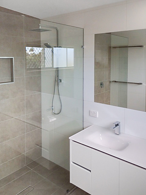 Second storey addition golden beach sunshine coast for Bathroom seconds brisbane