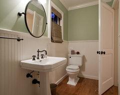 Seneca traditional-bathroom