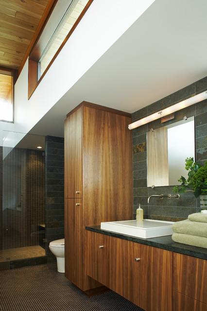 Serenbe House modern-bathroom