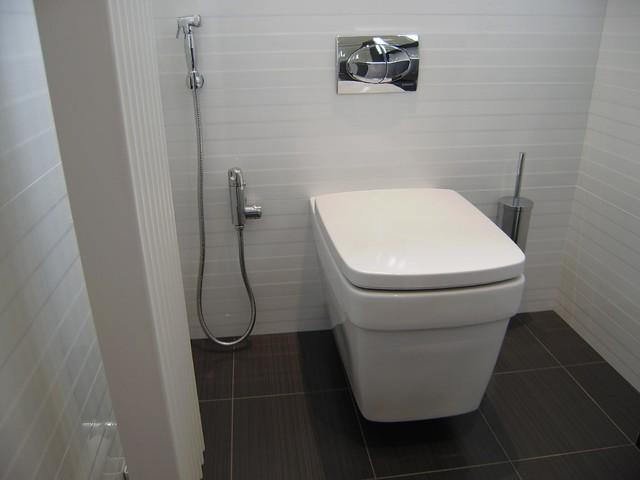 Serene En Suite Contemporary Bathroom West Midlands By Reflections Studio