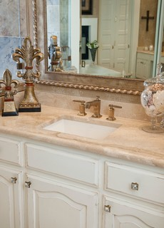 Bathroom Vanities Dallas on Transitional Master Bathroom   Transitional   Bathroom   Dallas   By