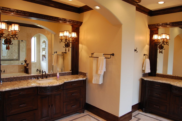 sexy style traditional bathroom