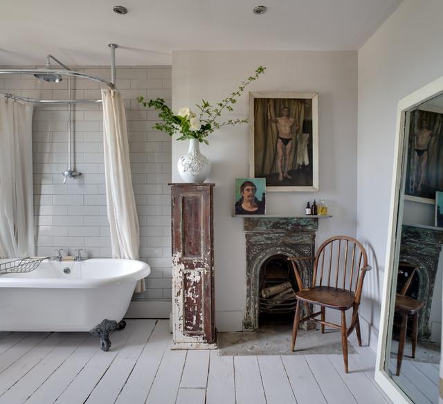 shabby chic bathroom. Black Bedroom Furniture Sets. Home Design Ideas
