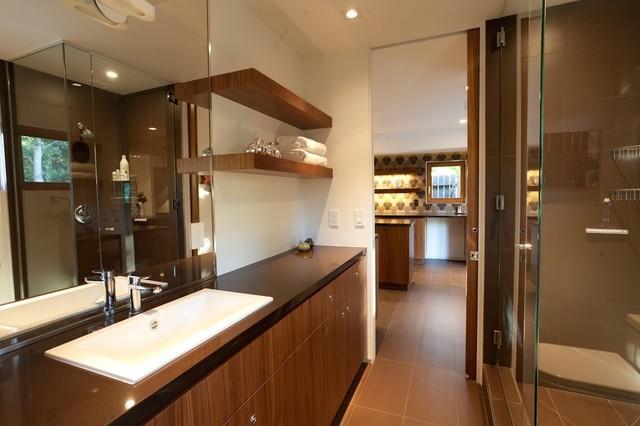 Sherwood modern-bathroom