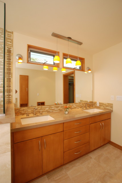 Shohet, 85 Long Beach, CA midcentury-bathroom