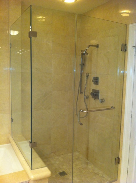Shower Enclosure traditional-bathroom
