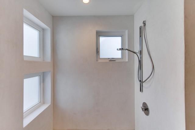 shower plaster in bathroom. Black Bedroom Furniture Sets. Home Design Ideas