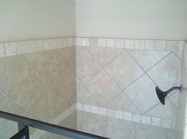 Showers & Tub Surrounds traditional