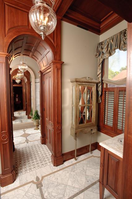 Showhouses traditional-bathroom