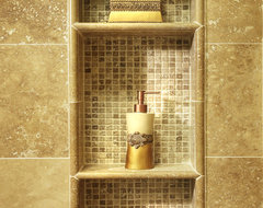 Showroom traditional-bathroom