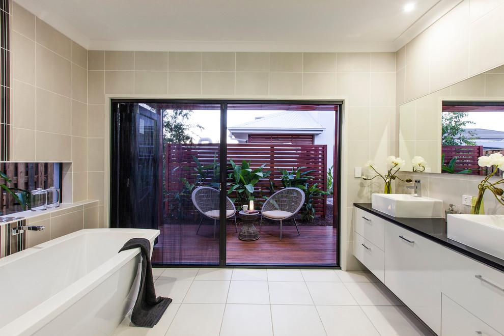 Sierra Grande - Contemporary - Bathroom - Brisbane - by ...