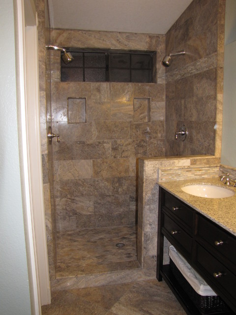 Silver 12x24 vein cut travertine tile shower surround for 12x24 bathroom tile ideas