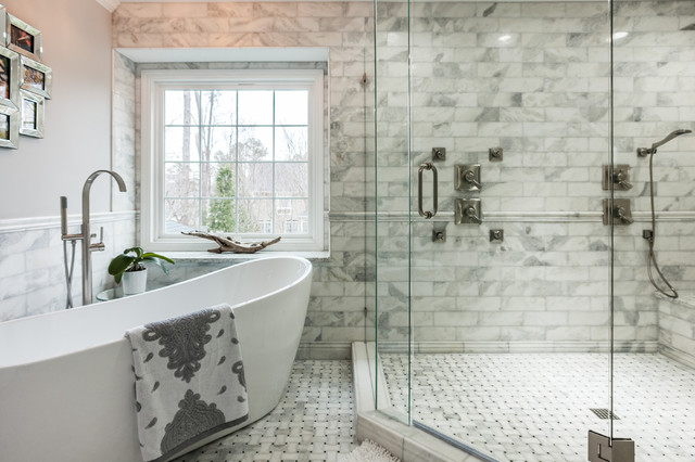 Silverlake cary nc whole house remodel classique chic - Salle de bain classique chic ...