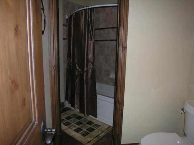 Silverthorne bathroom