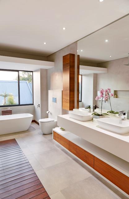 Simbithi 06 contemporary-bathroom