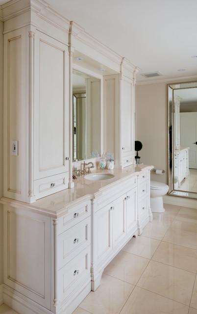Simple Elegance Traditional Bathroom Toronto By Parkyn Design