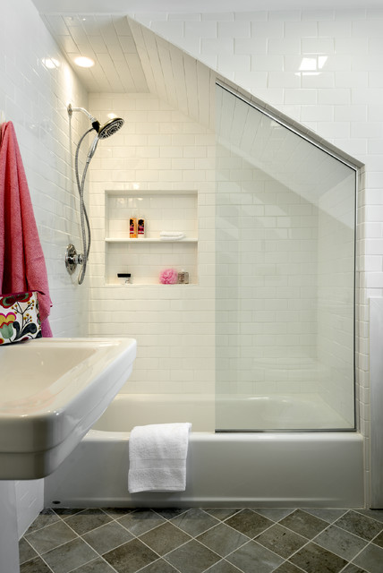 Simple Guest Bath - Traditional - Bathroom - New York - by ...