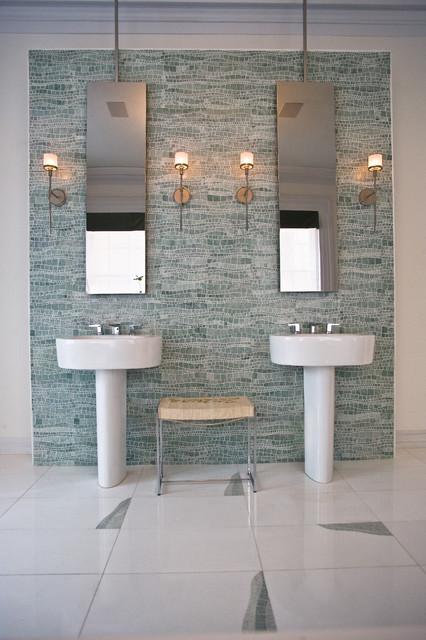 Sinuous Spa Modern Bathroom