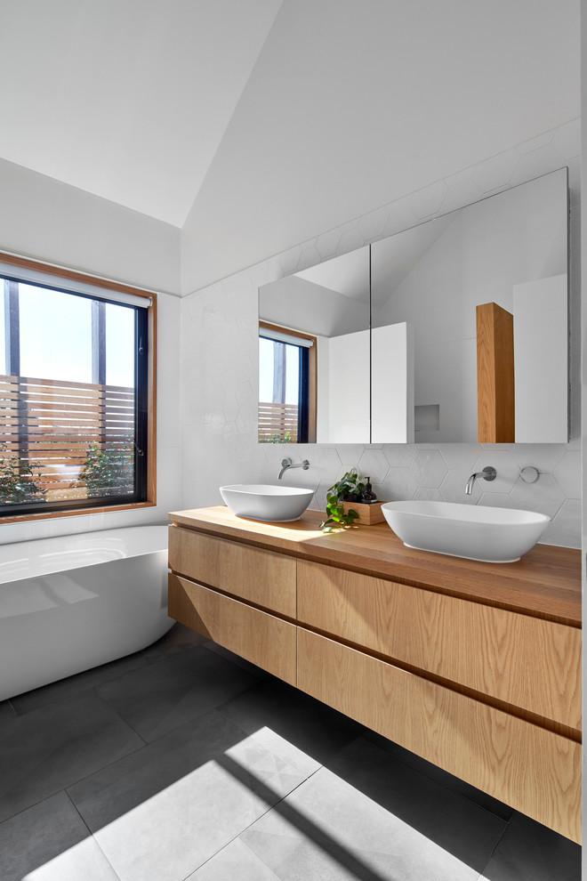 Bathroom - contemporary master bathroom idea in Melbourne with marble countertops