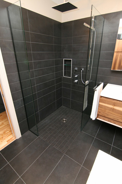 Sleek Black Bathroom Modern Bathroom Montreal By