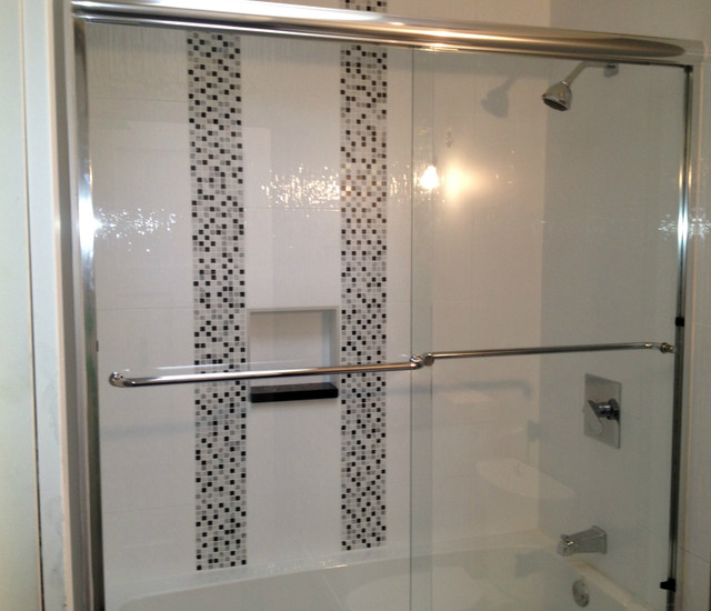 Sliding glass shower doors vancouver shower glass for Sliding glass doors vancouver