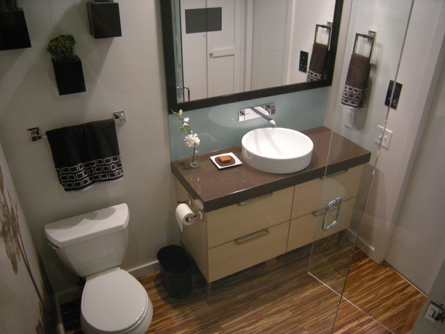 Small bath big ideas modern bathroom minneapolis for Small bathroom designs you should copy