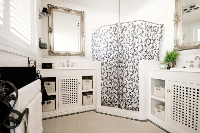 Small bathroom renovation traditional bathroom for Small bathroom renovations brisbane