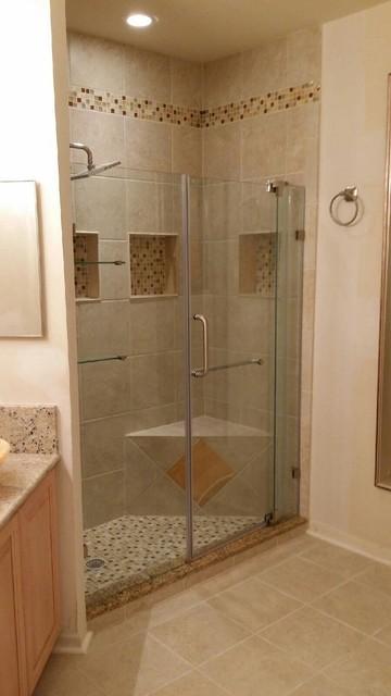 Small bathroom renovation traditional-bathroom