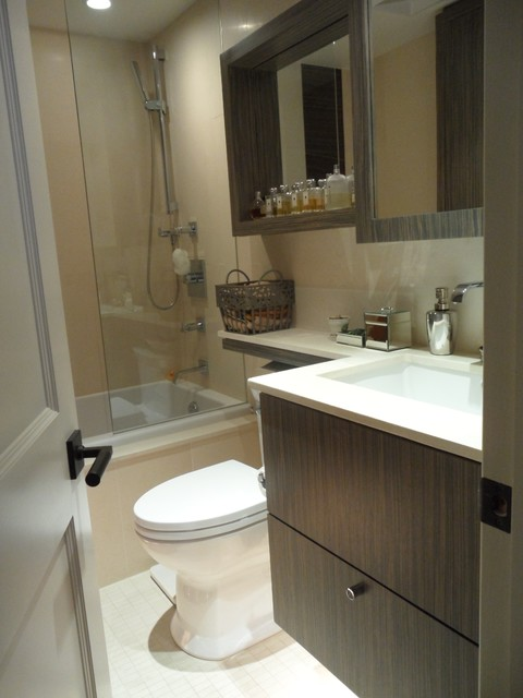 Example Of A Bathroom Design In Toronto