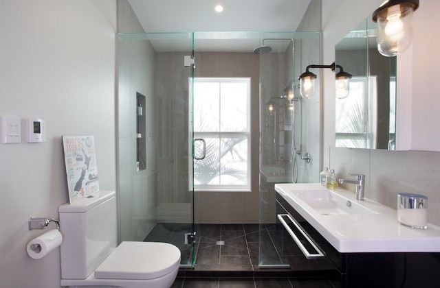 Small but perfectly formed contemporary bathroom for Small bathroom designs nz
