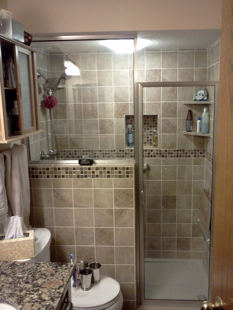Small master bathroom renovation for Bathroom tile designs for small bathrooms photos