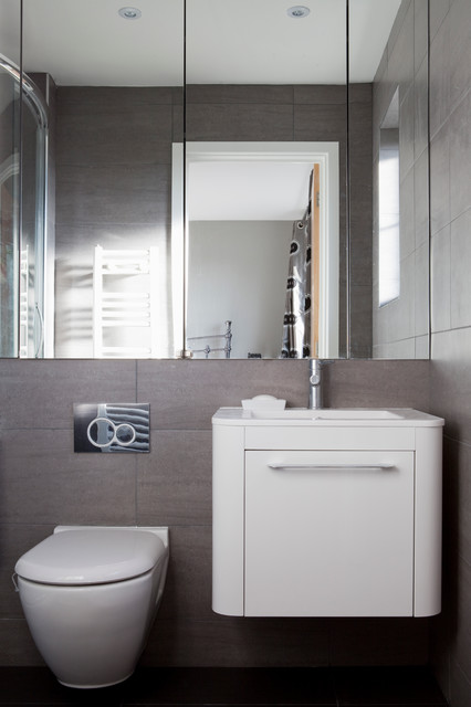 Small townhouse in sussex contemporary bathroom for Townhouse bathroom designs