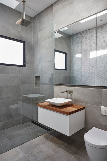 Smithfield avenue coogee modern bathroom sydney for Decor 07834