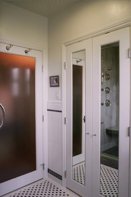 Snyder traditional-bathroom