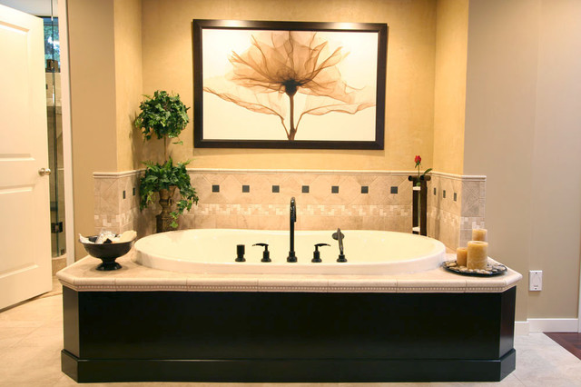 Bathtub attached to master bedroom traditional for Bedroom designs with attached bathroom and dressing room