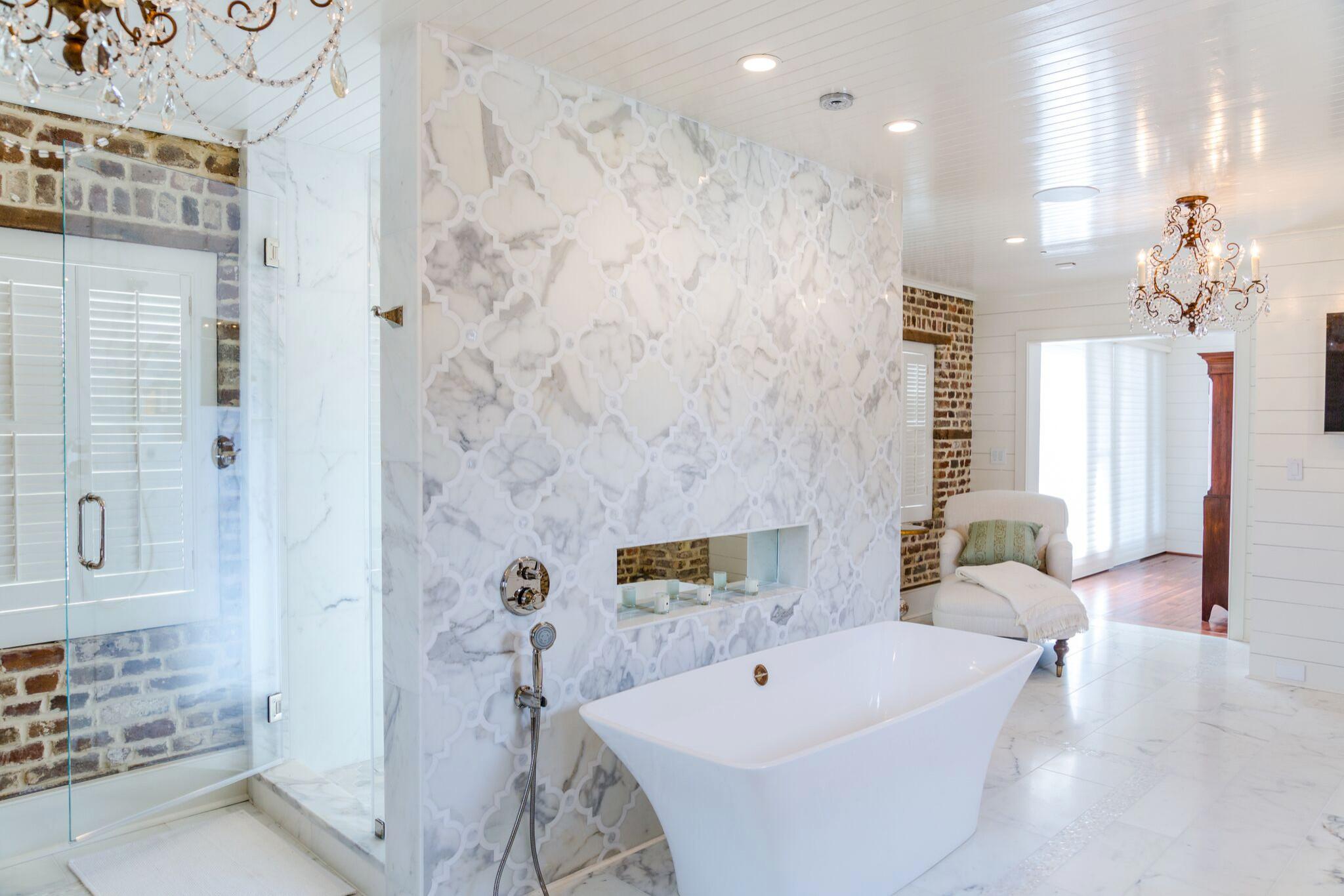 Soaking Tub with a mirrored ledge