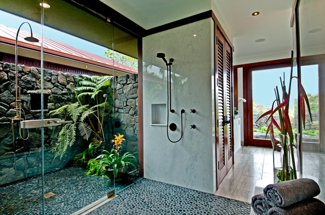 Soltz-Belas Residence tropical-bathroom